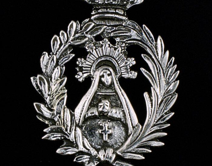 Medalla Ref.485 Virgen de la Paloma 8.5x5cm