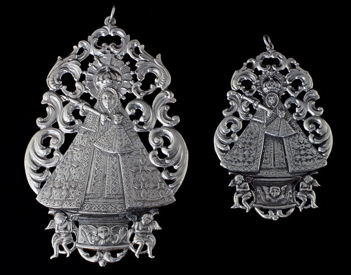 Medallas Ref.496-497 Virgen de Guadalupe 12x9cm -10x6cm